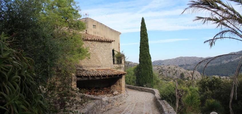 Under the Mallorcan Sun** (Photos)